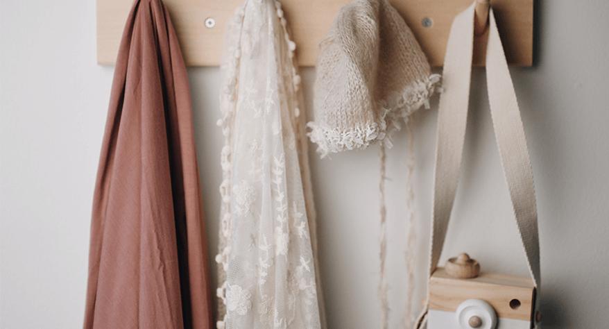 Duurzame deurkapstokken voor jouw garderobe